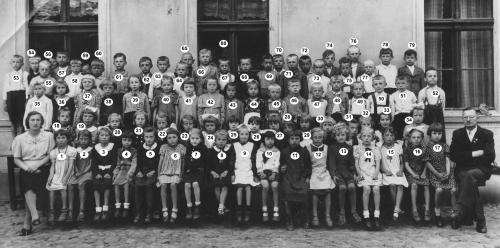 Zdjęcie szkolne 1942-44